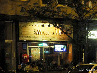 Small Bar 1415 West Fullerton Avenue Chicago, IL 60614 2011 (773) 525 2727